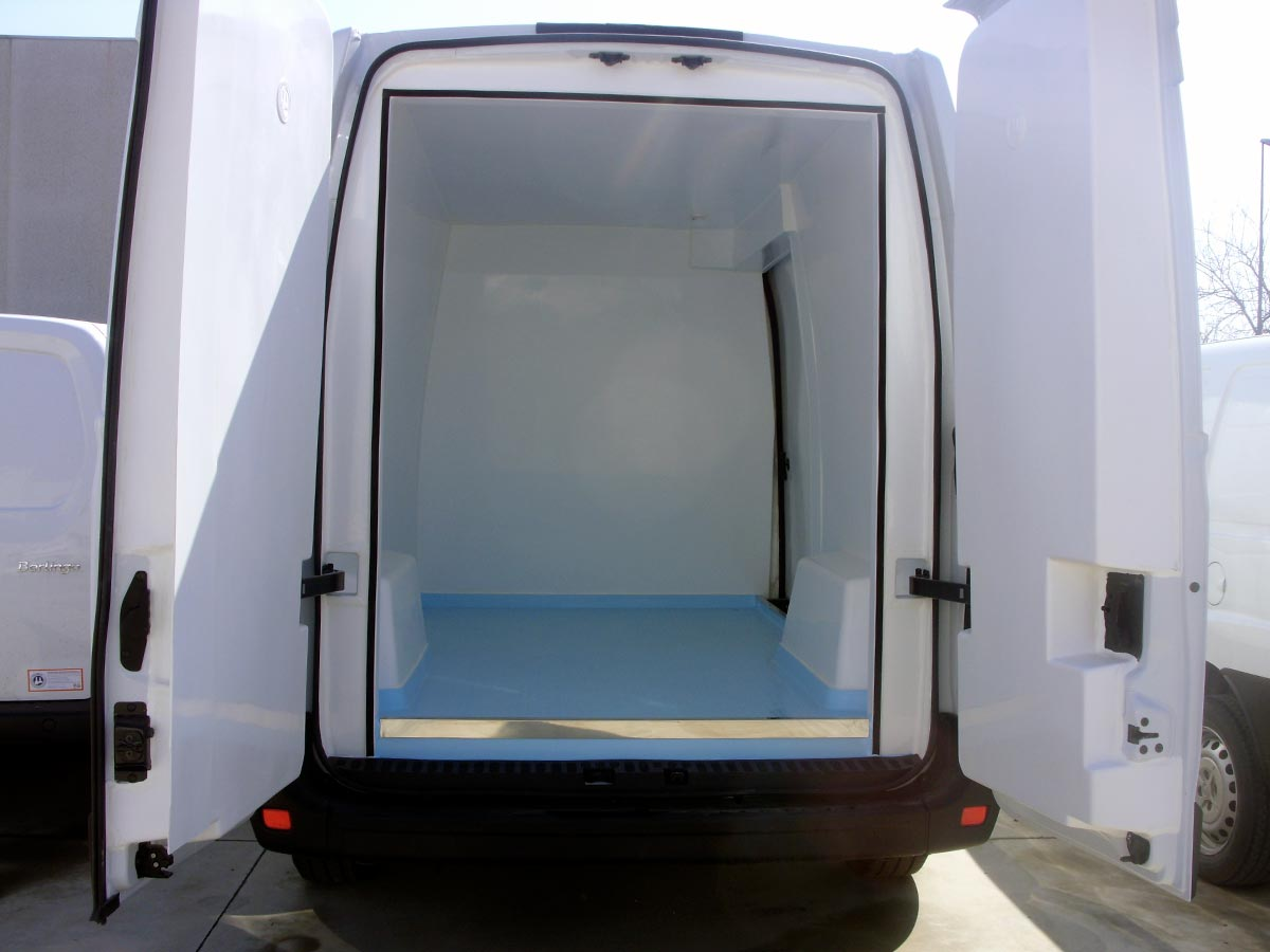 Nissan NV400 Isotermo Coinpol